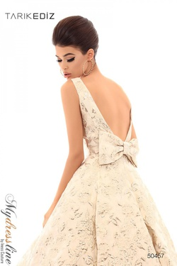 Style 50457 Tarik Ediz White Size 10 Backless Floral Ball gown on Queenly