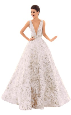 Queenly size 10 Tarik Ediz White Ball gown evening gown/formal dress