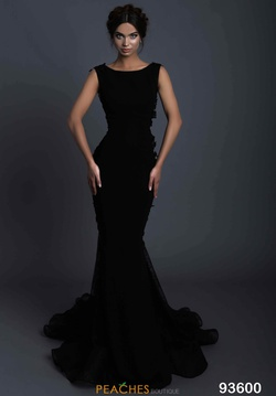Queenly size 4 Tarik Ediz Black Train evening gown/formal dress