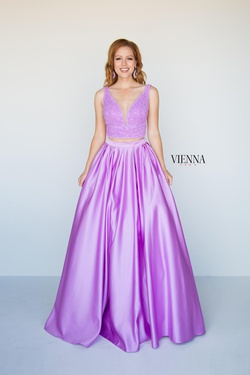 Queenly size 00 Vienna Purple Ball gown evening gown/formal dress