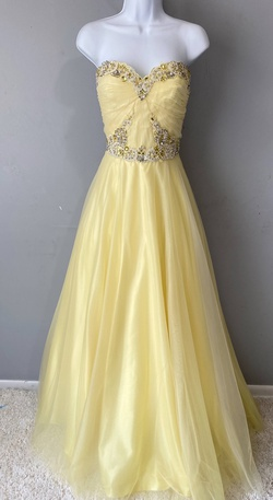 Queenly size 6 Sherri Hill Yellow Ball gown evening gown/formal dress