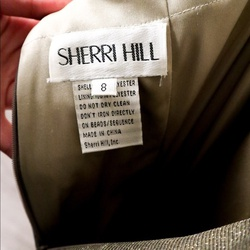 Style 52481 Sherri Hill Gold Size 6 Train Side slit Dress on Queenly