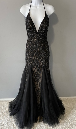 Queenly size 6 Mac Duggal Black Mermaid evening gown/formal dress