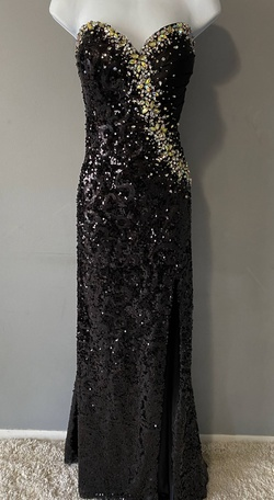 Queenly size 14 Tony Bowls Black Straight evening gown/formal dress