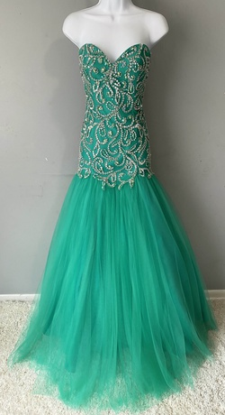 Queenly size 4 Mac Duggal Green Mermaid evening gown/formal dress