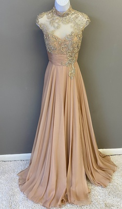 Queenly size 0 Mac Duggal Nude A-line evening gown/formal dress