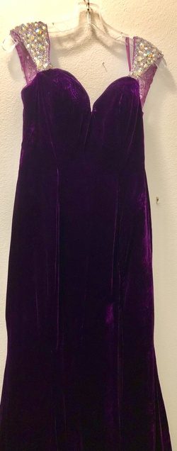 Queenly size 8 Johnathan Kayne Purple Mermaid evening gown/formal dress