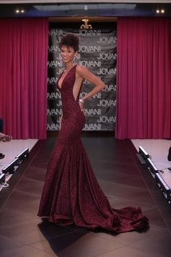 Jovani Red Size 00 Prom Mermaid Dress on Queenly