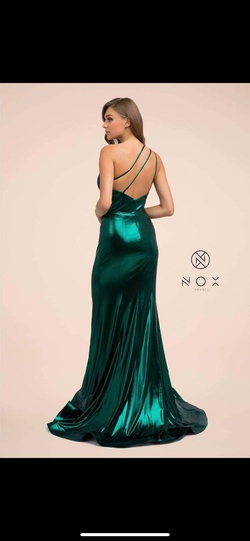 Nox Green Size 6 Silk Side slit Dress on Queenly
