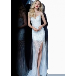 Jovani Nude Size 6 Sheer V Neck Train Dress on Queenly