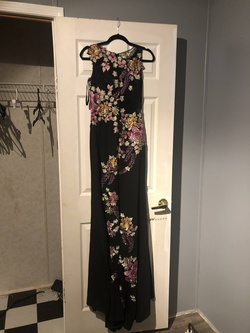 Jovani Black Size 2 Straight Dress on Queenly