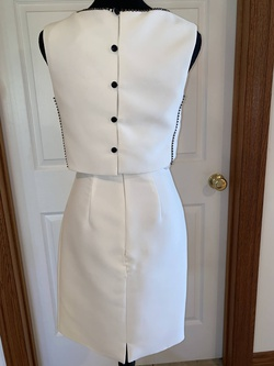 Mac Duggal White Size 2 Sorority Formal Cocktail Dress on Queenly
