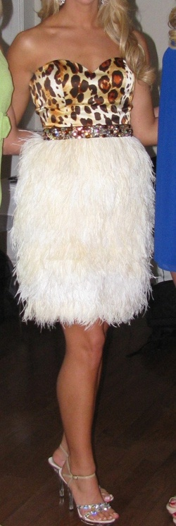 Sherri Hill White Size 4 Tall Height Custom Cocktail Dress on Queenly