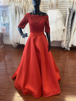 Ellie Wilde Red Size 2 Sweetheart Corset Lace Ball gown on Queenly