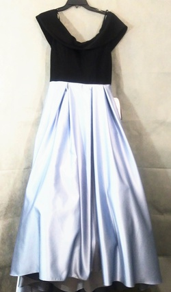 Queenly size 8 Betsey Adams Blue Ball gown evening gown/formal dress