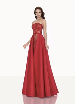 Tarik Ediz Red Size 0 Prom Pageant Straight Dress on Queenly