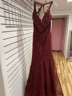 Ellie Wilde Red Size 4 Straight Jewelled Backless Mermaid Dress on Queenly