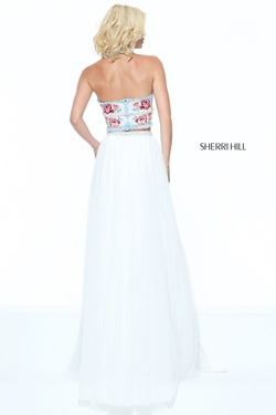Sherri Hill White Size 00 Side slit Dress on Queenly