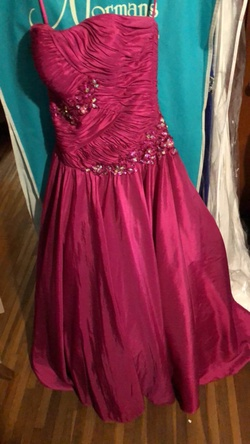 Queenly size 4 Night Moves Pink Ball gown evening gown/formal dress