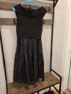 Adrianna Papell Black Size 8 Homecoming A-line Dress on Queenly