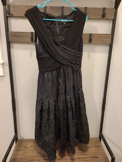 Queenly size 8 Adrianna Papell Black A-line evening gown/formal dress