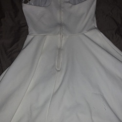 B darlin White Size 0 Graduation Sorority Formal Cocktail Dress on Queenly