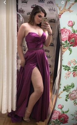 Queenly size 10 Sherri Hill Purple A-line evening gown/formal dress