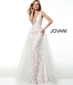 Queenly size 6 Jovani White Train evening gown/formal dress