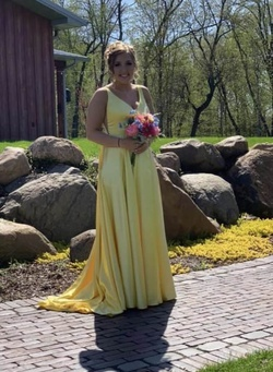 Queenly size 10  Yellow Train evening gown/formal dress