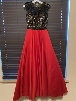 Queenly size 8 Studio I7 Red A-line evening gown/formal dress