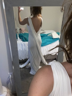 White Size 2 Side slit Dress on Queenly