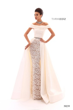 Style 50239 Tarik Ediz White Size 8 Tall Height Sleeves A-line Dress on Queenly