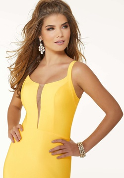 Style 45047 Mori Lee Yellow Size 2 Jersey Fitted Silk Mermaid Dress on Queenly
