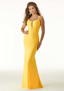 Queenly size 6 Mori Lee Yellow Mermaid evening gown/formal dress