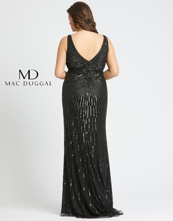 Style 5013F Mac Duggal Black Size 26 Plus Size Plunge Sequin Straight Dress on Queenly