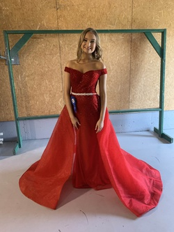 Panoply Red Size 0 Overskirt Prom Train Dress on Queenly
