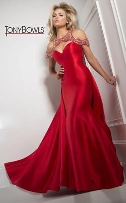 Queenly size 2 Tony Bowls Red Mermaid evening gown/formal dress