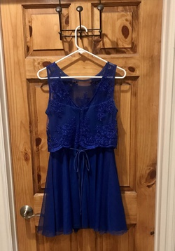 Teeze Me Royal Blue Size 4 Sorority Formal Cocktail Dress on Queenly