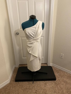 Eliza J White Size 8 Cocktail Dress on Queenly