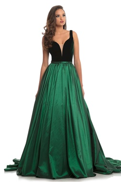 Queenly size 4 Johnathan Kayne Green Train evening gown/formal dress