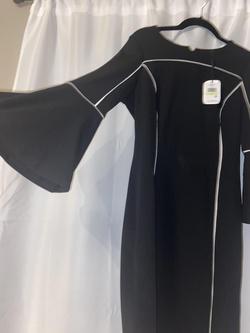 Calvin Klein Black Size 4 Interview Cocktail Dress on Queenly