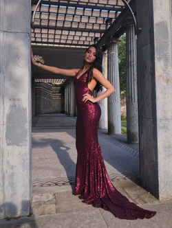 Queenly size 00  Red Train evening gown/formal dress