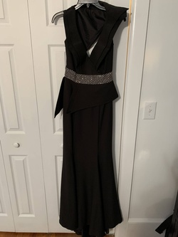 Black Size 6 Train Dress on Queenly