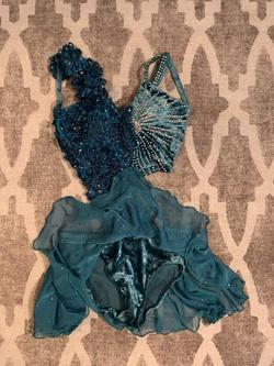 Multicolor Size 2 Side slit Dress on Queenly