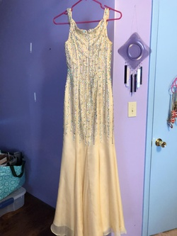 Jovani Gold Size 0 Plunge Jewelled Mermaid Dress on Queenly