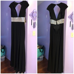 Queenly size 4 Jovani Black Straight evening gown/formal dress