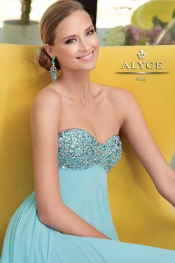 Style 6028 Alyce Paris Blue Size 6 A-line Dress on Queenly