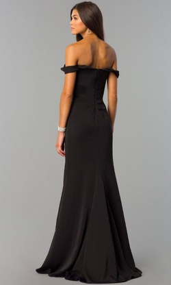 Style 8083 Faviana Black Size 14 Side slit Dress on Queenly