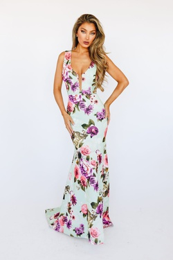 McKenzie Rae Multicolor Size 8 Floral Green Straight Dress on Queenly