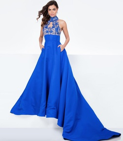 Queenly size 6 Terani Couture Blue Ball gown evening gown/formal dress